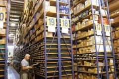 מדף תעשייתי קל משקל