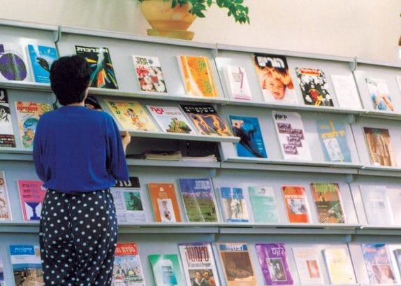 מדפים איכותיים לחנויות