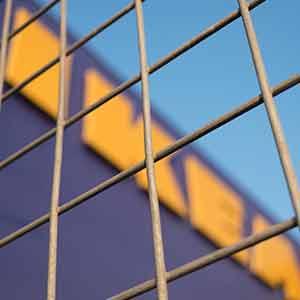 איקאה IKEA נוסדה בשוודיה בשנת 1943 - והיום מחזיקה 3 סניפים בישראל