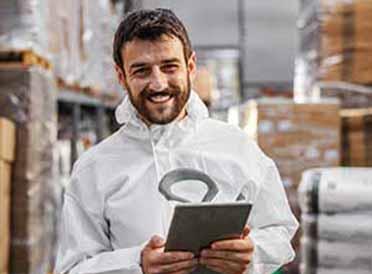 מפעלי מזון המאחסנים מוצרים מייבוא או מייצוא